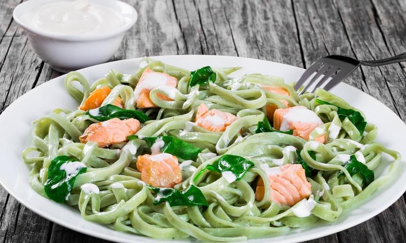 fettuccine spinaci e salmone